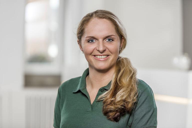 Zahnärztin Willich - Dr. Held - Team - Cindy Smeets