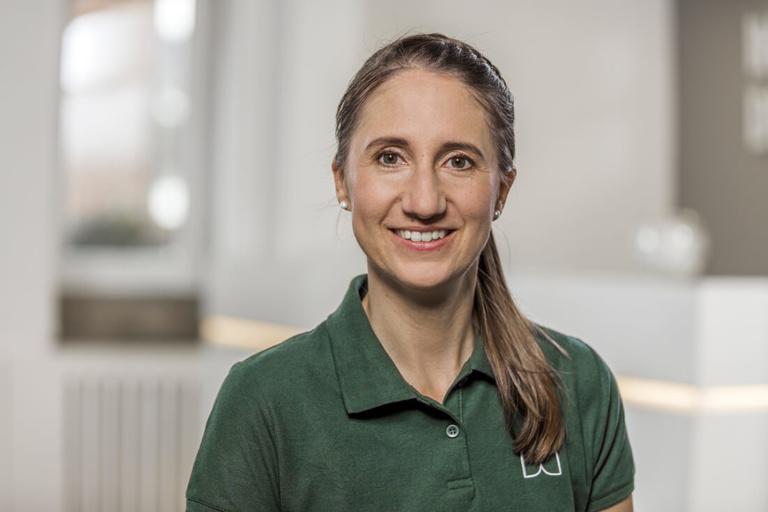 Zahnärztin Willich - Dr. Held - Team - Eva Mülhöfer