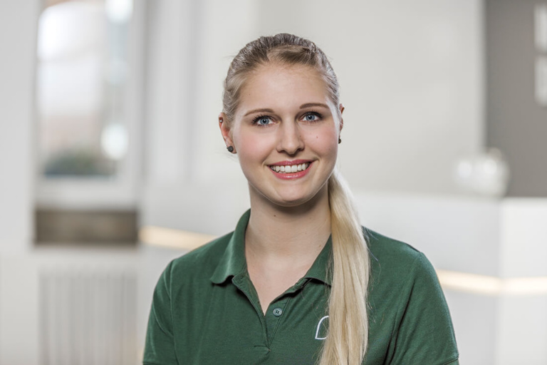 Zahnärztin Willich - Dr. Held - Team - Tamara Wüsten